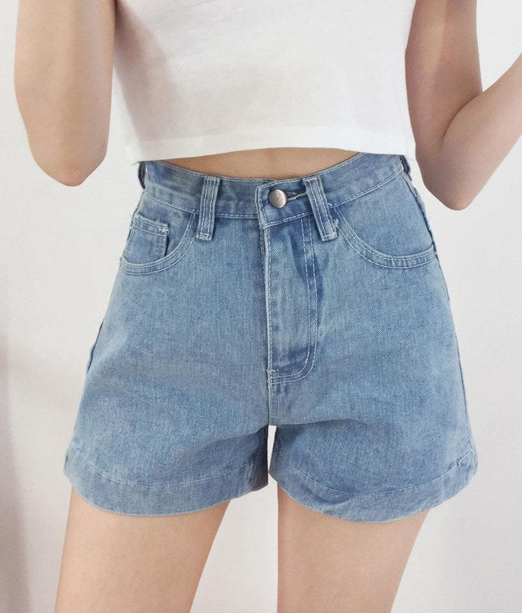 Stitch Earth denim shorts