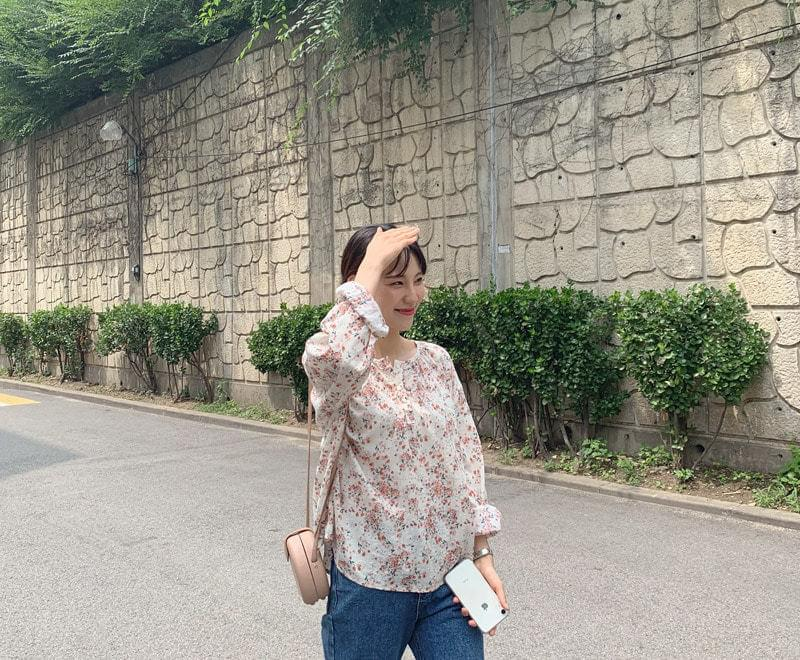 Blossom Button Blouse _Y