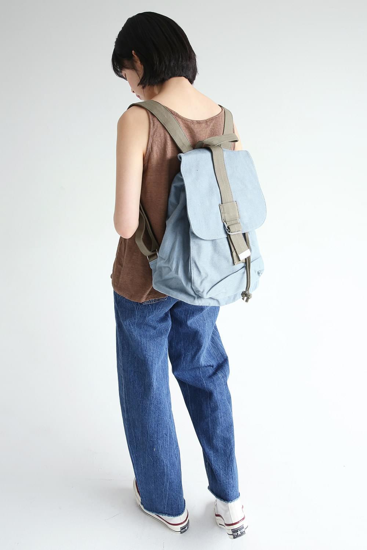 vintage shape buckle backpack (blue)
