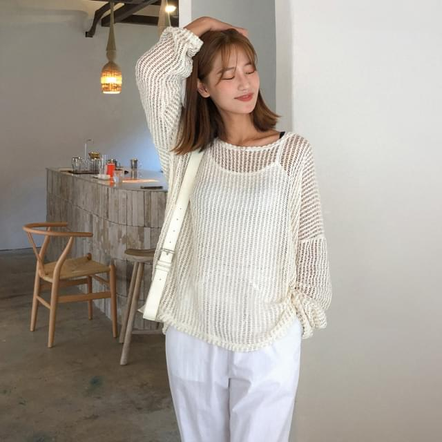 See-through Loose Fit Punching Knit-knit
