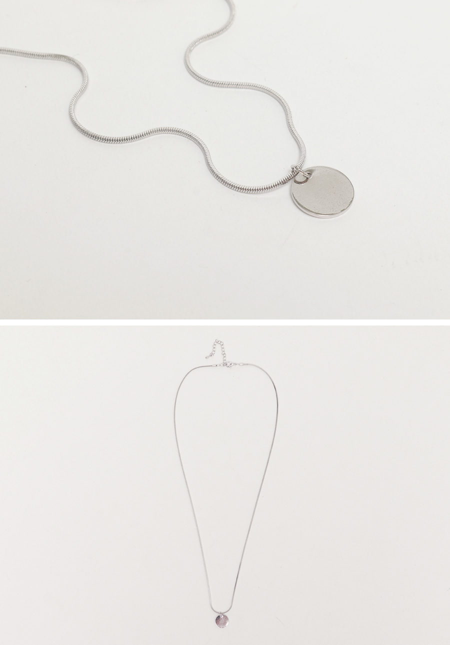 Silver circle necklace_H