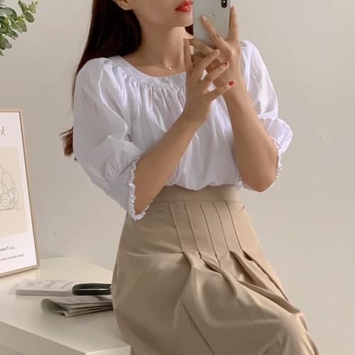 Girl ribbon blouse