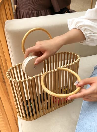 Wood basket bag