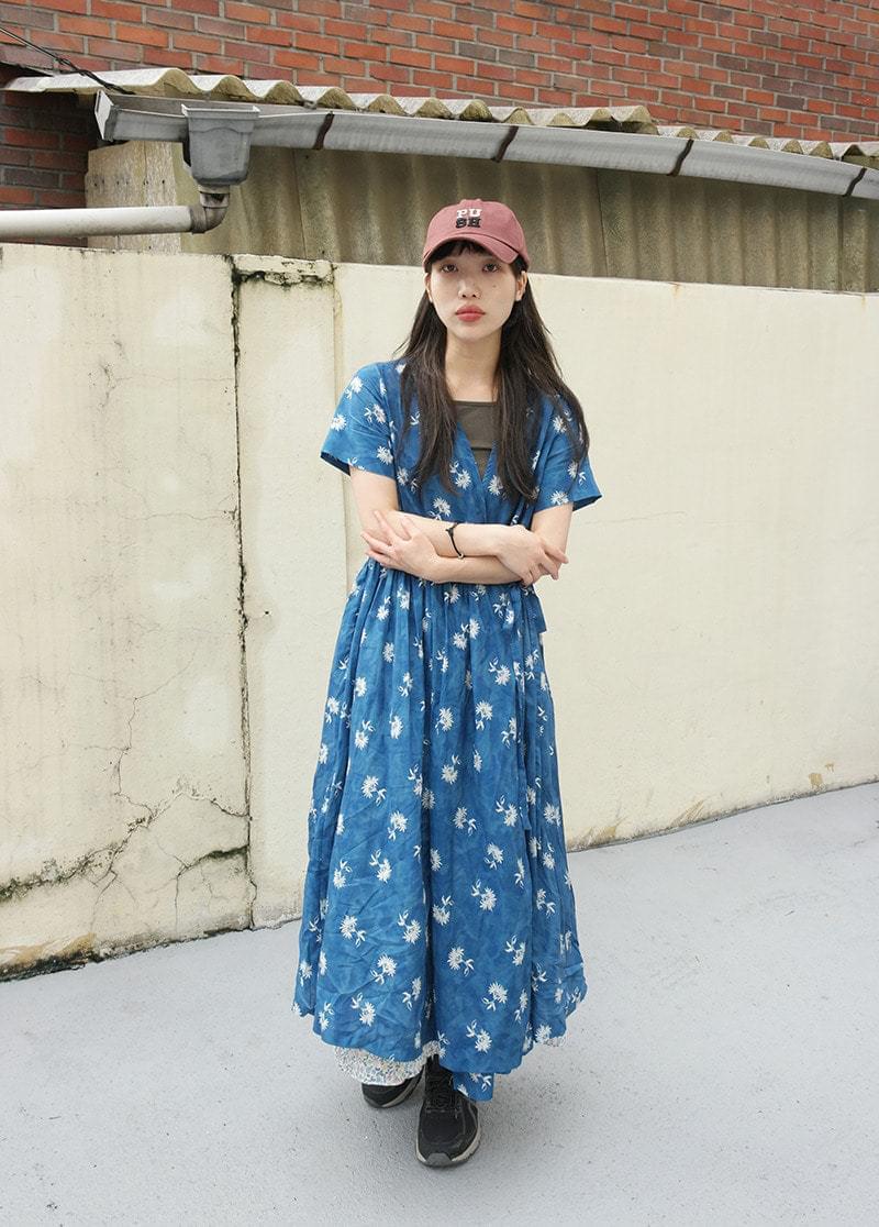 Flower Bleach Wrap Dress dresses