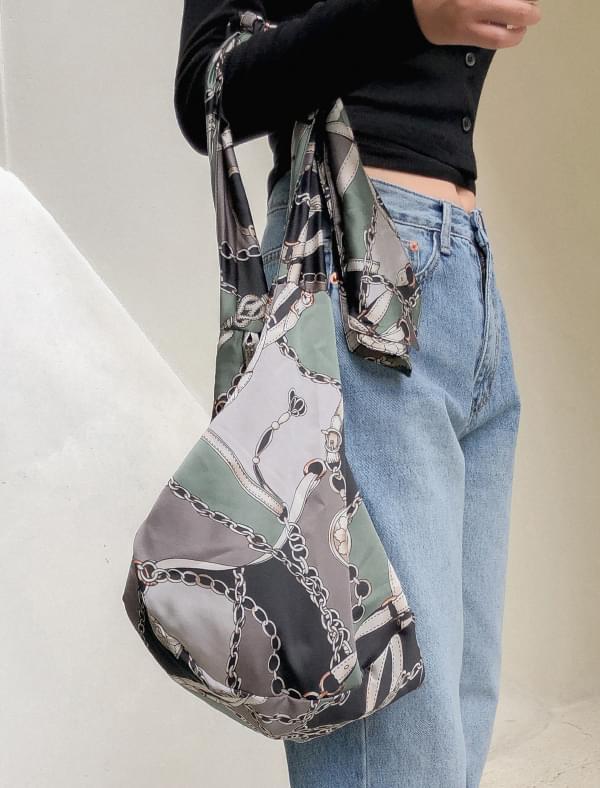 ethnic pattern shoulder bag