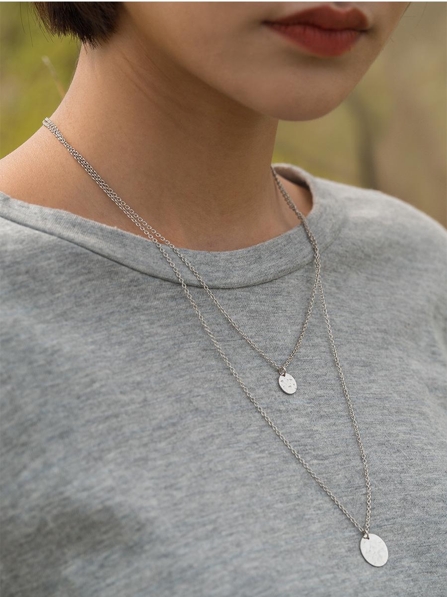 sensual mood silver necklace