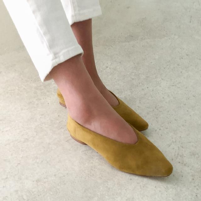 slim shape feminine flat shoes