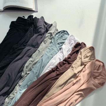 Moist 쫀쫀 long-sleeved T-shirt