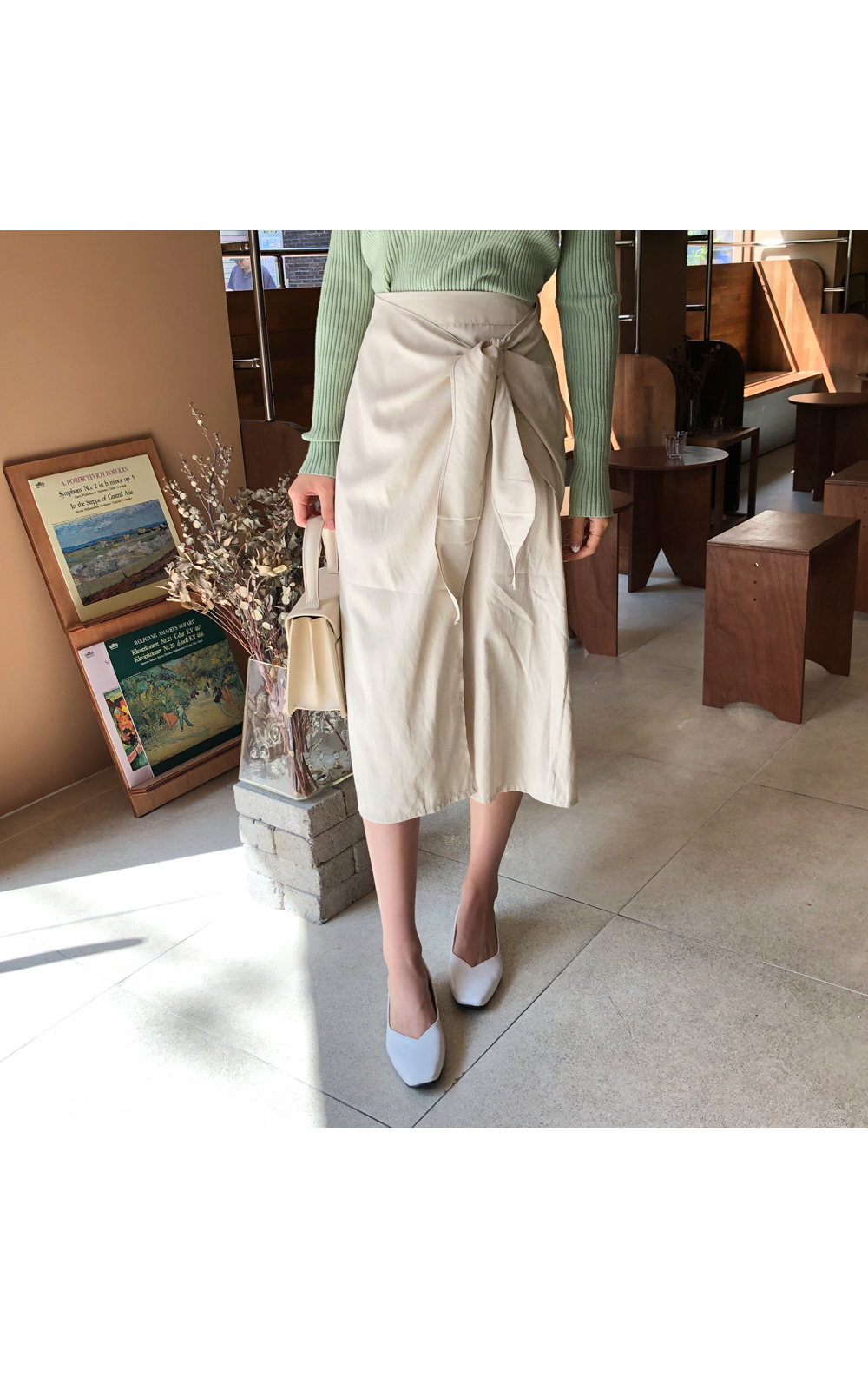 Daily ribbon wrap skirt