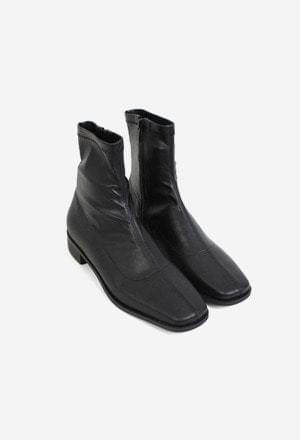 Center line ankle boots