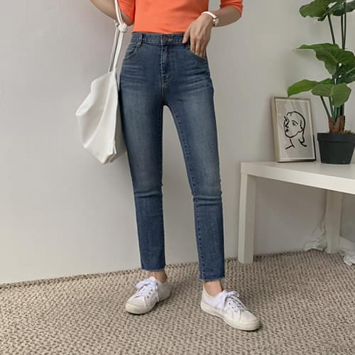 Rusty Slim Date Pants