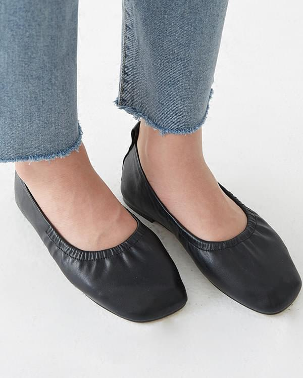 karis square loafer (230-250)