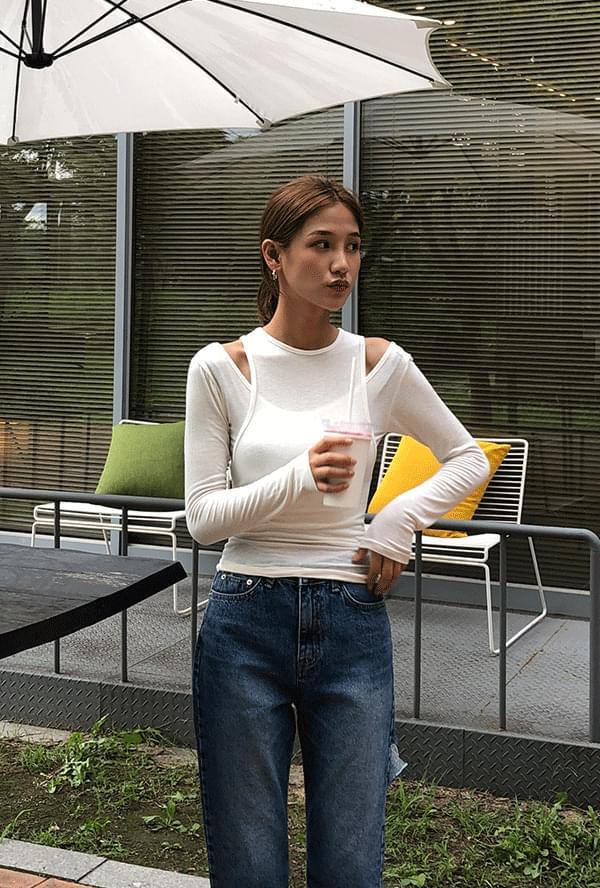 Shoulder trim two-way T-shirt