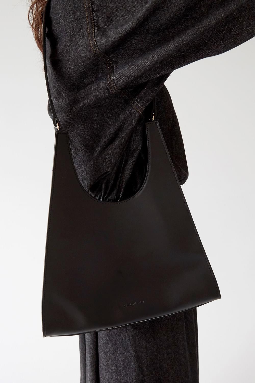 retro glossy shoulder bag (2colors)