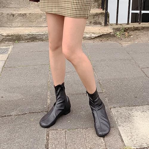 Tron ankle boots