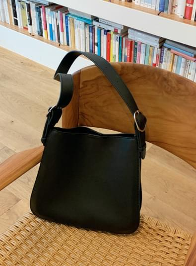 Side buckle bag