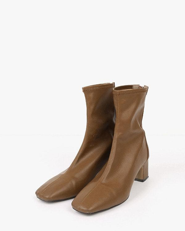 wind care ankle boots
