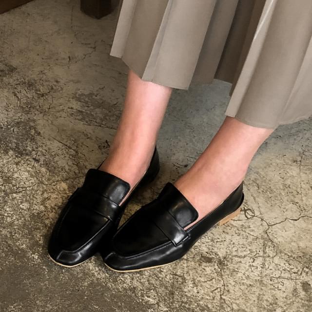 basic design clean loafer 平底鞋