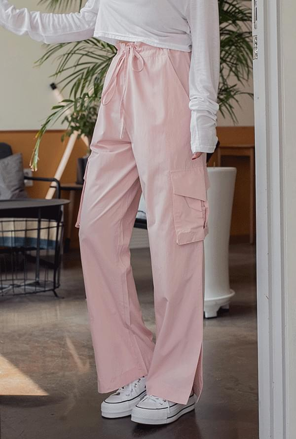String wide cargo pants