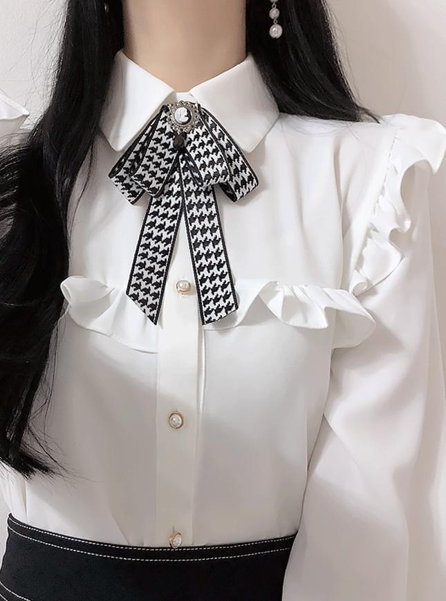 Brooch set ♥ Tommy frill blouse