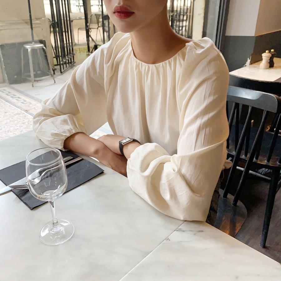 About Blouse