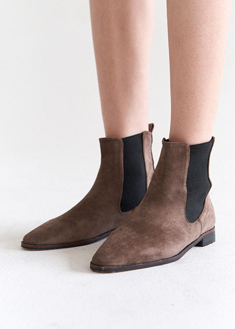 Basic Angle Boots