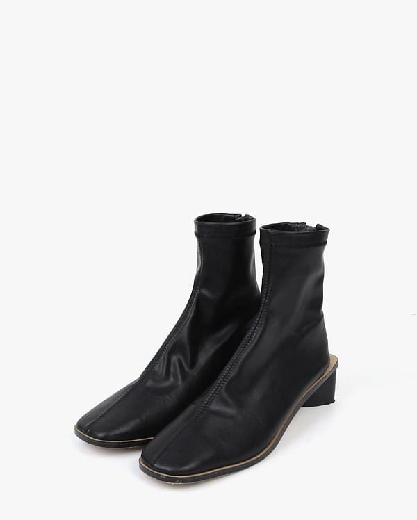 come sleek line boots