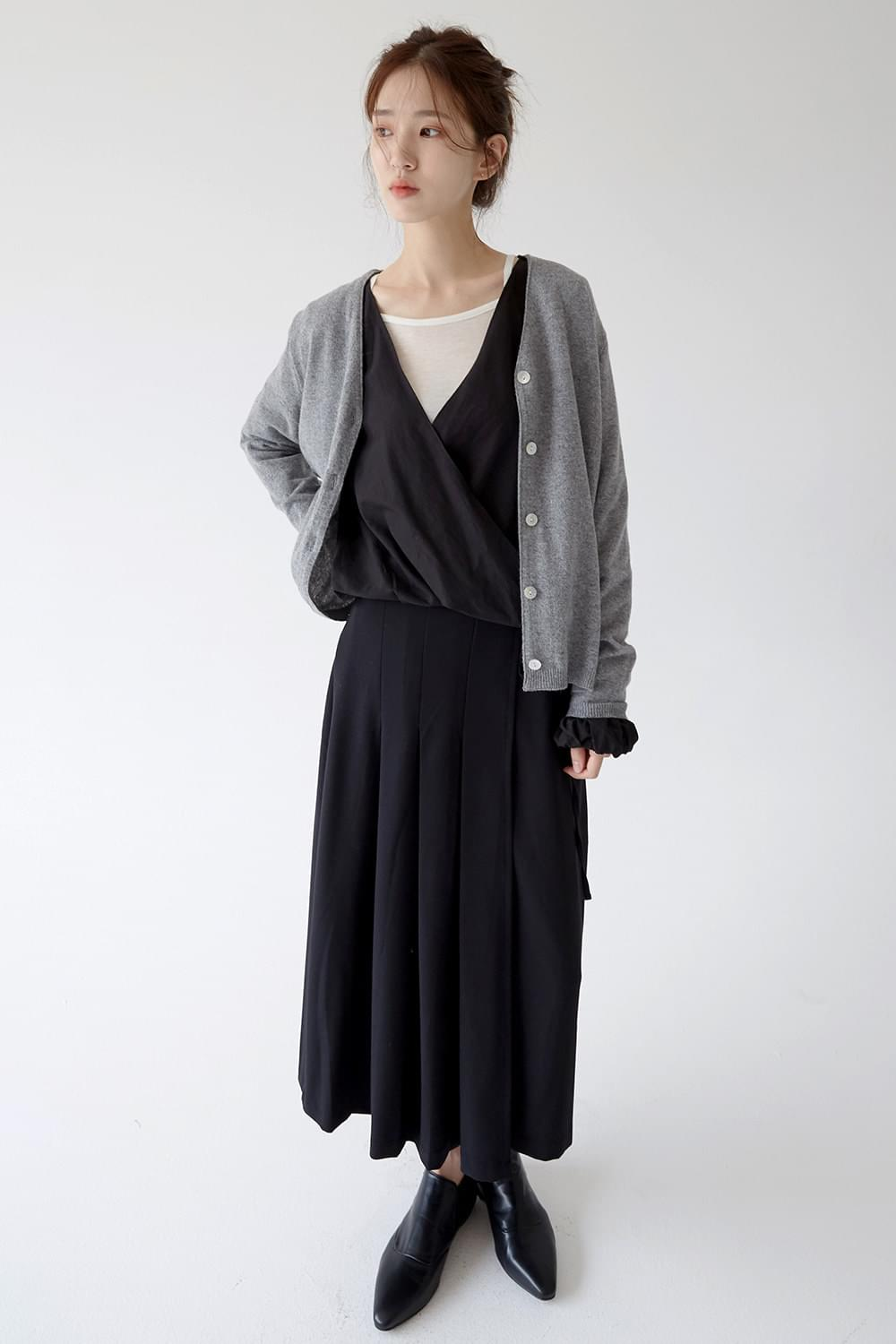 wide fit knit cardigan (gray)