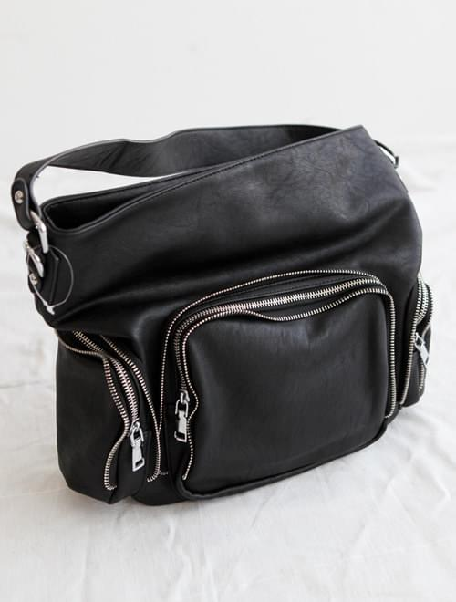 shoulder =BAG