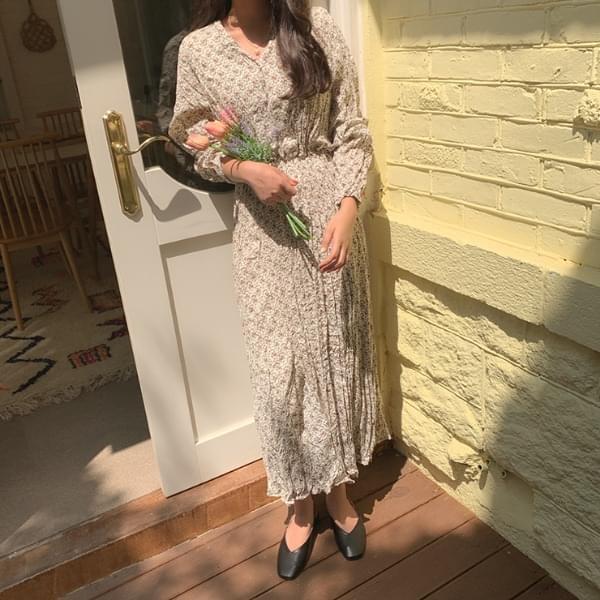 Lien Flower Wrinkle Dress