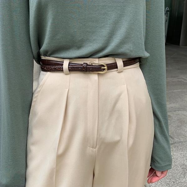Crack leather belt