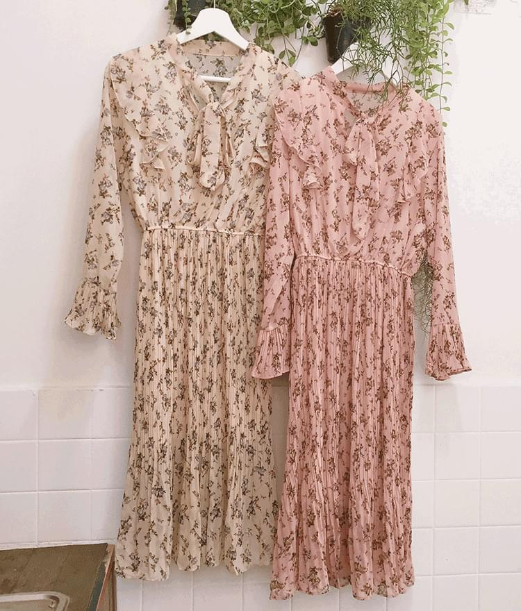 Romantic Pleated Long Dress