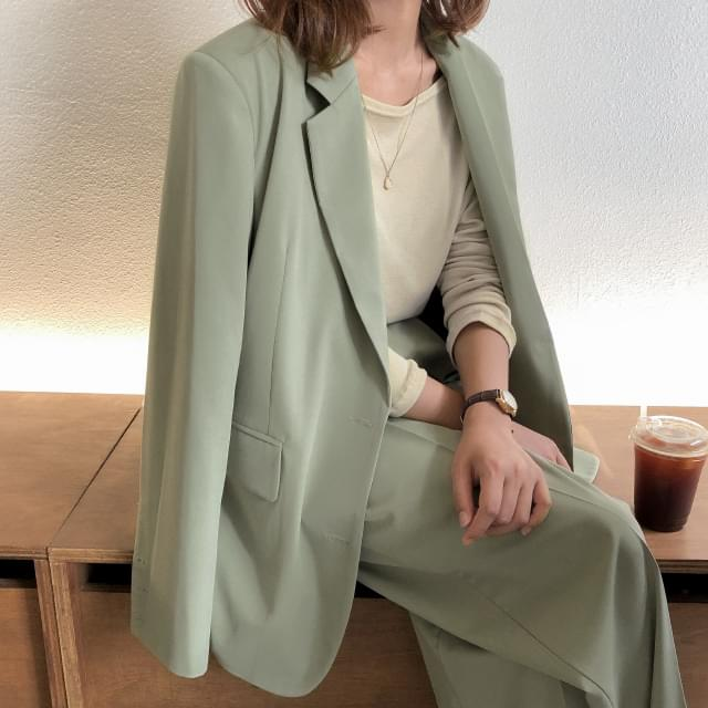 semi over fit jacket