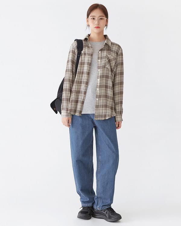 a check pocket shirts