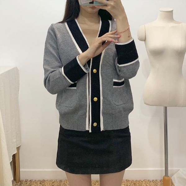 Jigsaw gold button color cardigan