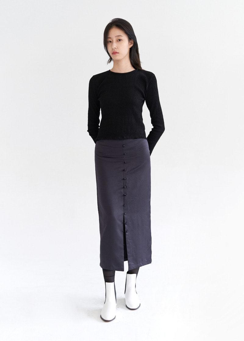 Silky button skirt