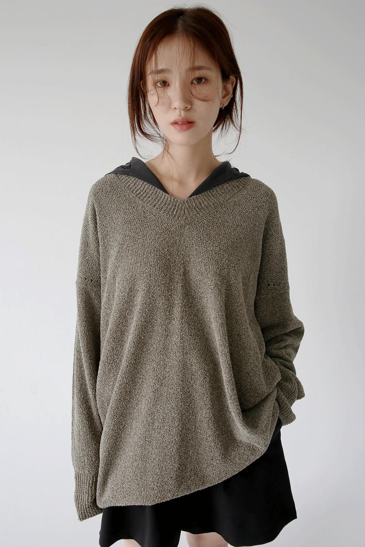 v neck wrinkle loose knit (khaki)