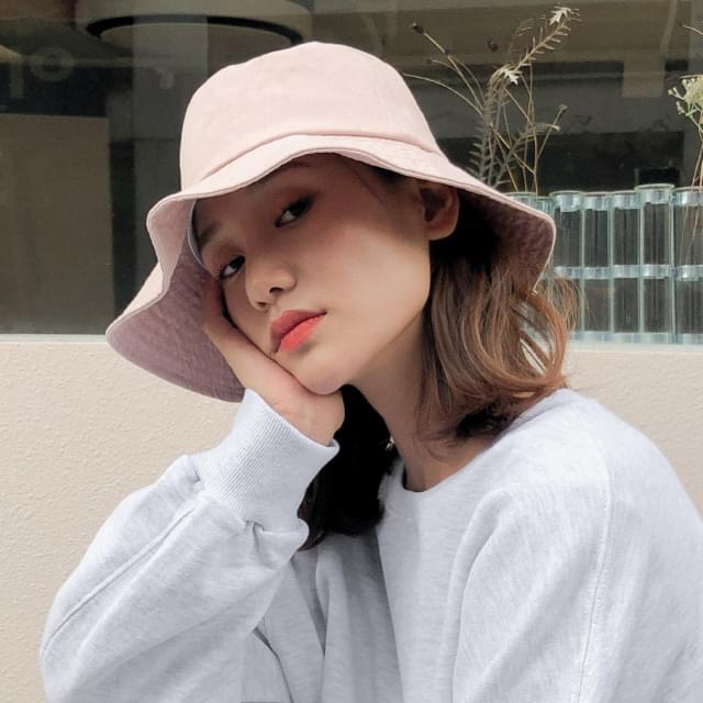 basic bucket hat
