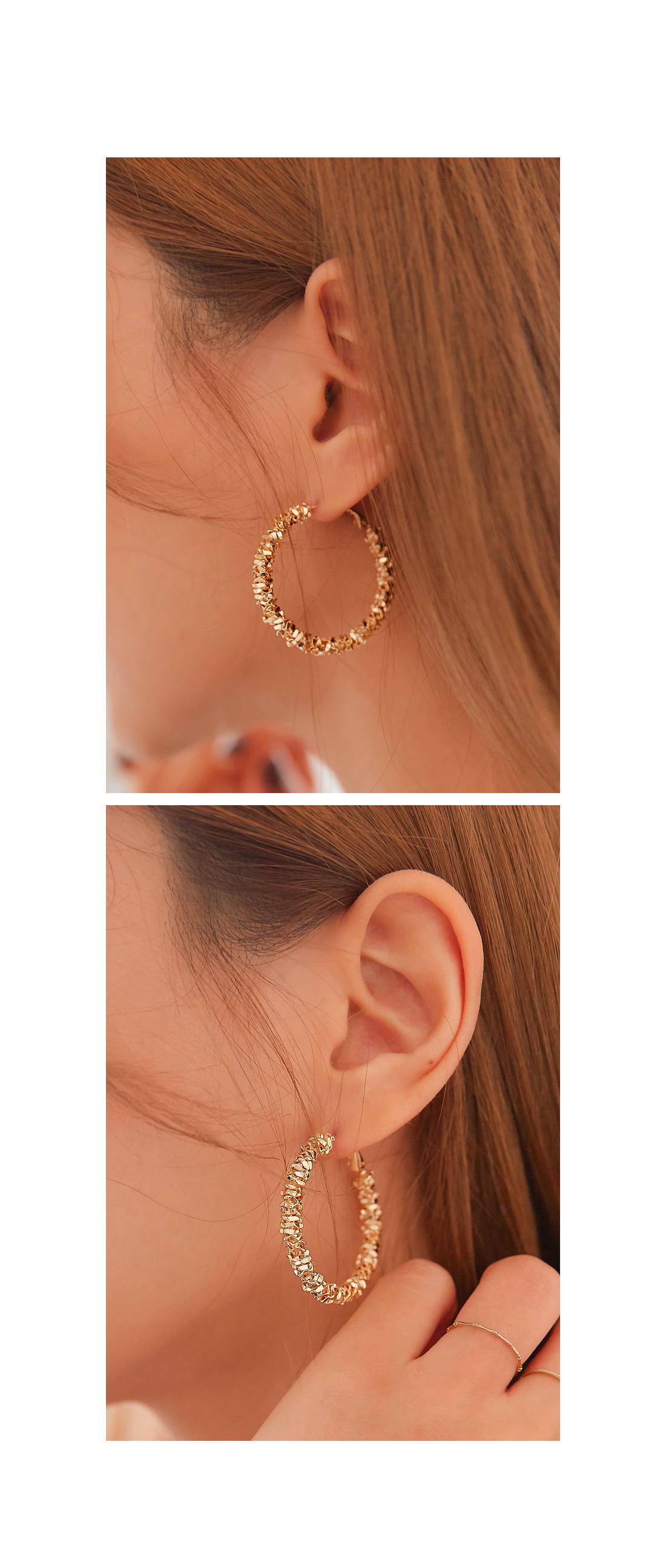 MOZART BOLD RING EARRING
