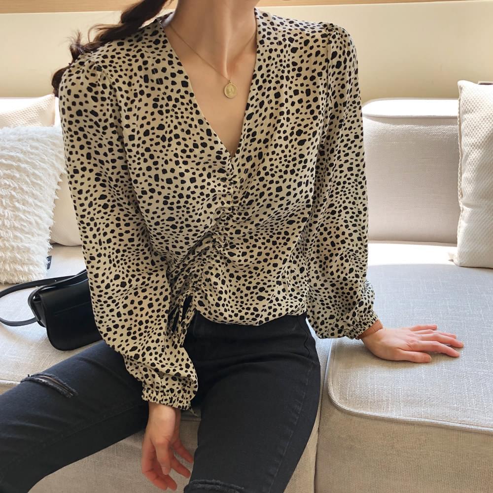 Emotional Leopard blouse