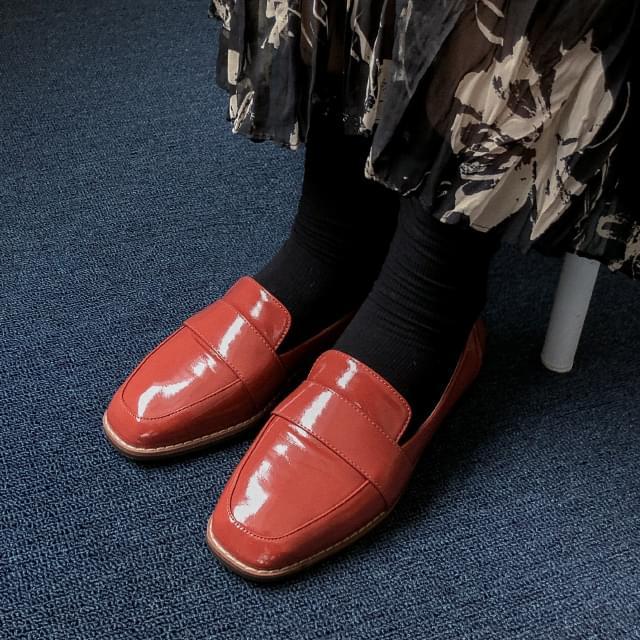 basic shape neat loafer 平底鞋