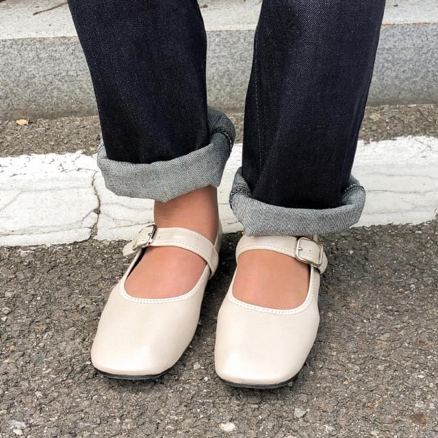 4 color strap flat shoes 平底鞋