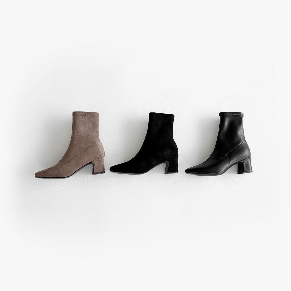 Red L Sachs Ankle Boots 5cm