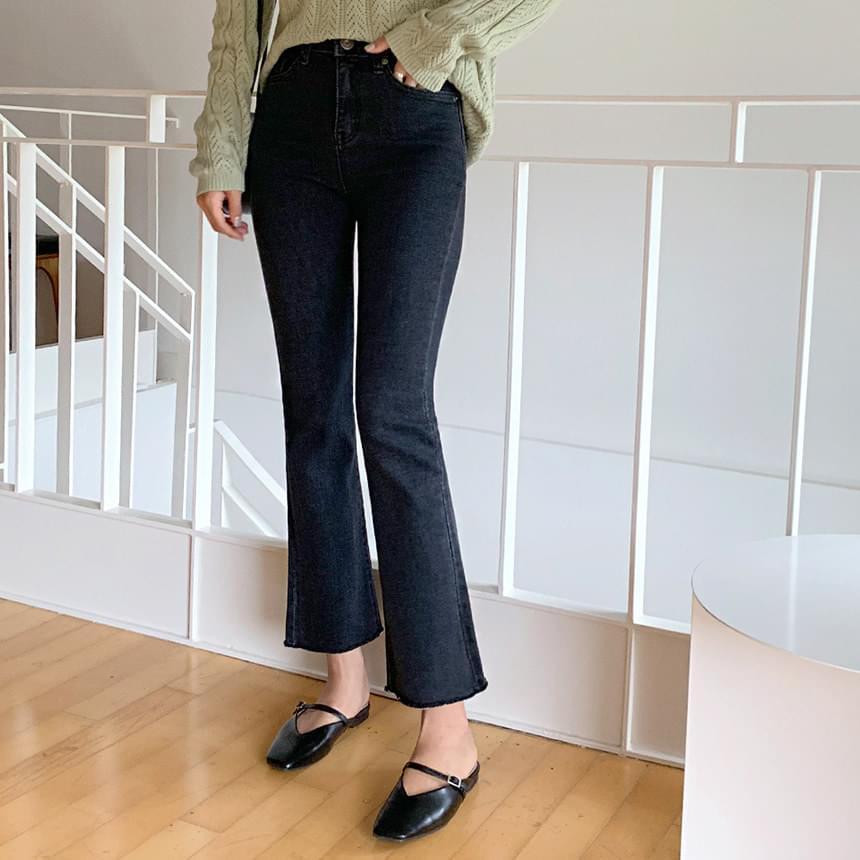 毛边裤脚牛仔靴型裤