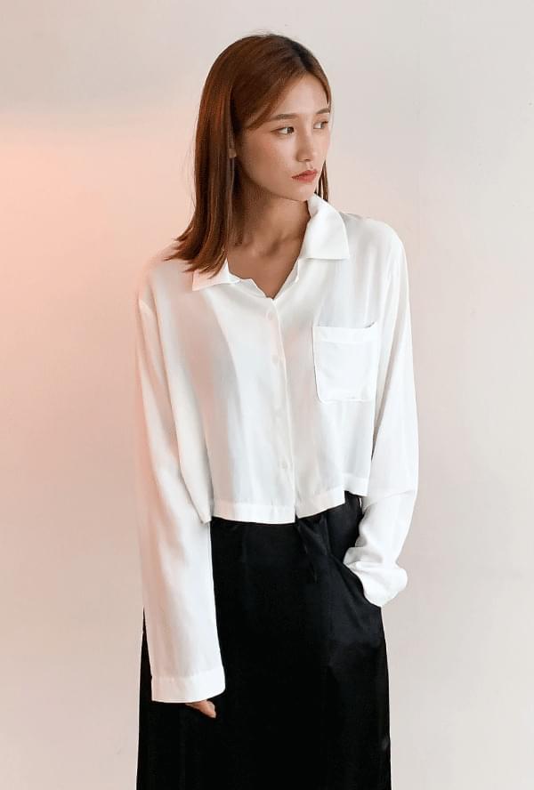 Pocket cropped shirt