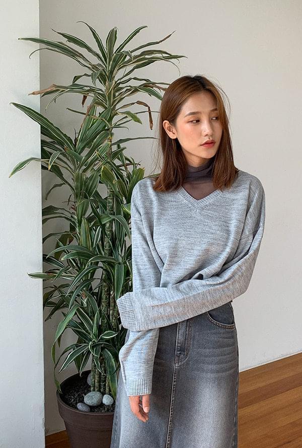 Wool V Neck Knit