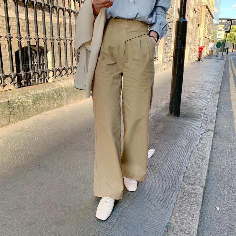 Mani pants