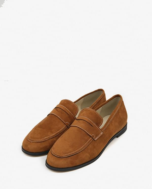 roll coin suede loafer