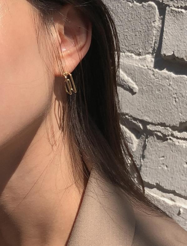 slim square shape earring