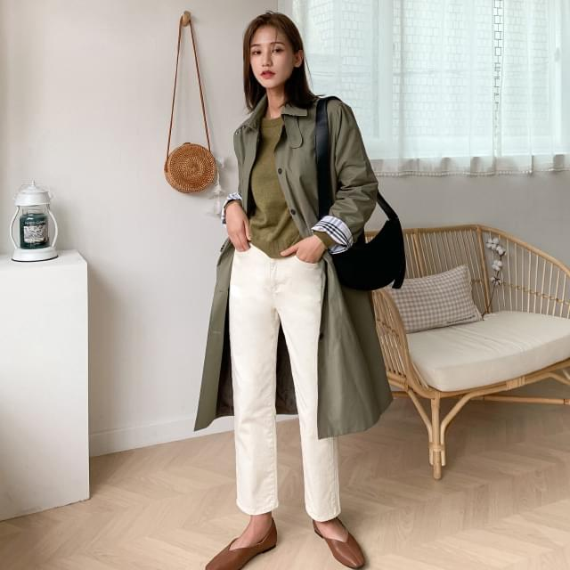 Check color collar neck trench coat